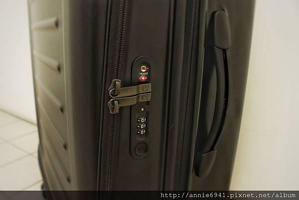 Victorinox,瑞士維氏,行李箱推薦,行李箱品牌,瑞士維氏行李箱24