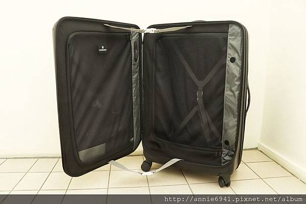 Victorinox,瑞士維氏,行李箱推薦,行李箱品牌,瑞士維氏行李箱30
