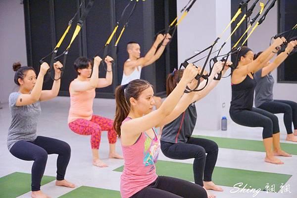 Core Yoga TRX 07.jpg
