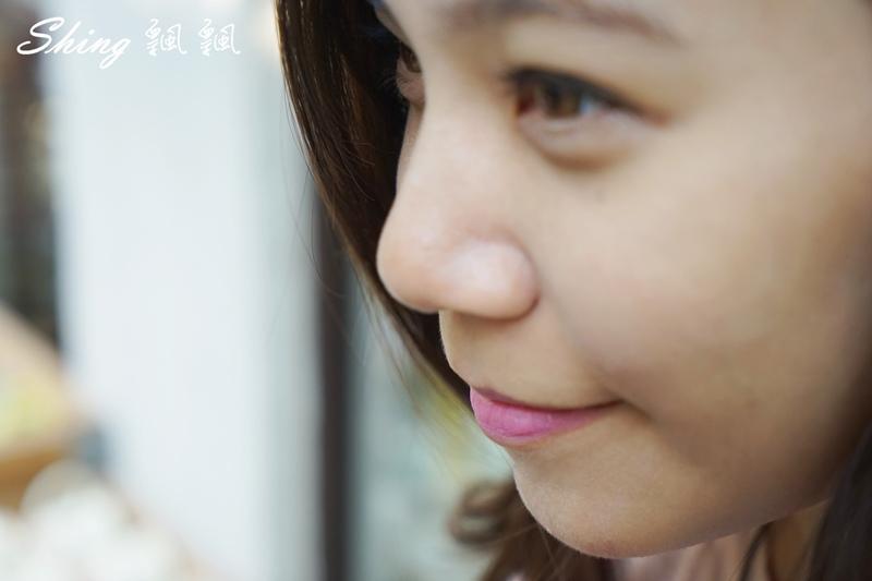韓國 LAPCOS x Disney 迪士尼聯名維他命E保濕潤唇膏+超顯色LED奶油唇膏 12.JPG