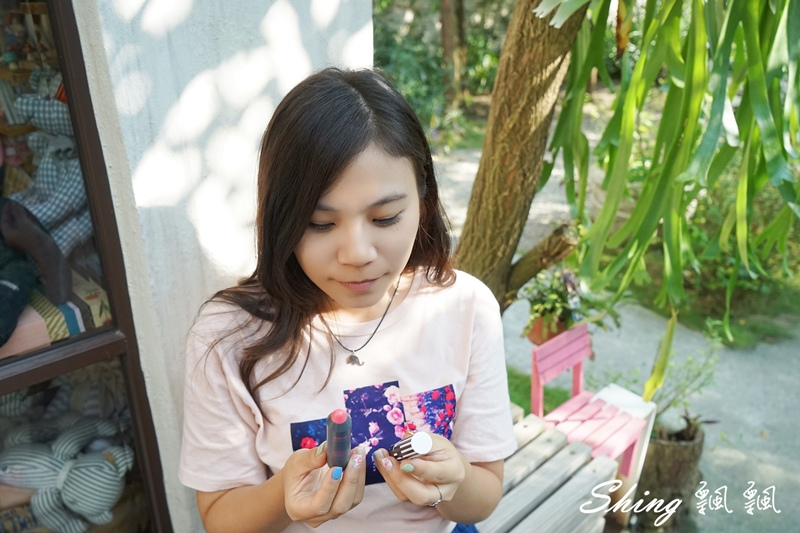 韓國 LAPCOS x Disney 迪士尼聯名維他命E保濕潤唇膏+超顯色LED奶油唇膏 09.JPG