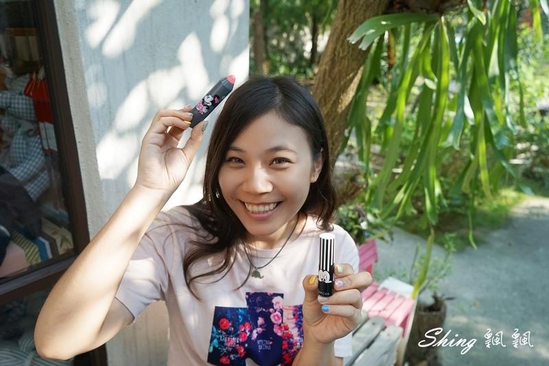 韓國 LAPCOS x Disney 迪士尼聯名維他命E保濕潤唇膏+超顯色LED奶油唇膏 07.JPG