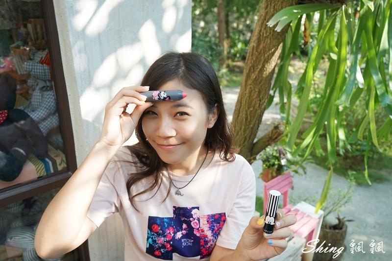 韓國 LAPCOS x Disney 迪士尼聯名維他命E保濕潤唇膏+超顯色LED奶油唇膏 08.JPG