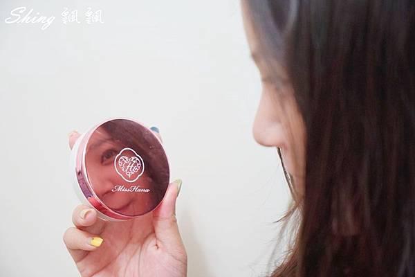 花娜小姐Miss Hana淨潤無暇金屬氣墊粉餅 18.JPG