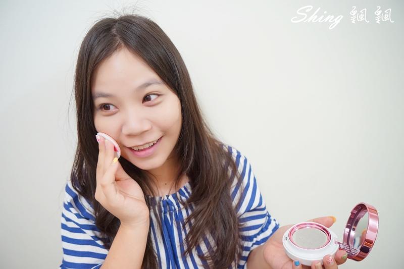 花娜小姐Miss Hana淨潤無暇金屬氣墊粉餅 16.JPG
