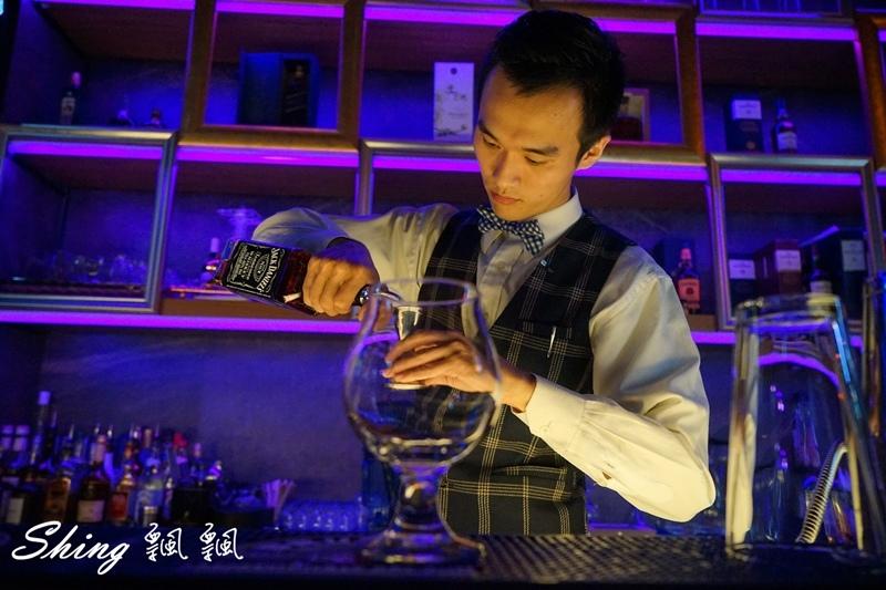 台中酒吧Myth 09.JPG