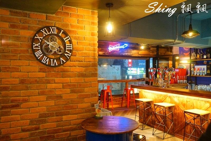 薩克森比利時餐酒館台中旗艦店 08.JPG
