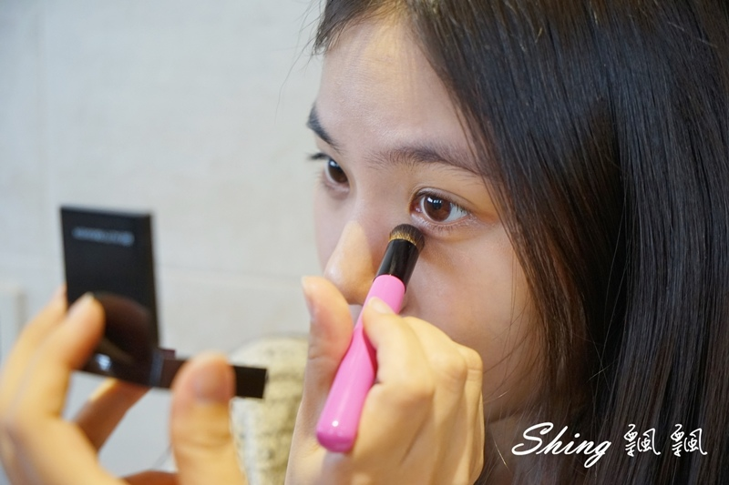 BeautyMaker美肌修修專業無痕遮瑕刷 12.JPG