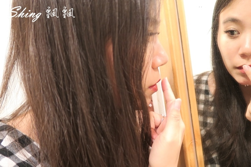 KOSE魔法口紅雨衣 10.JPG