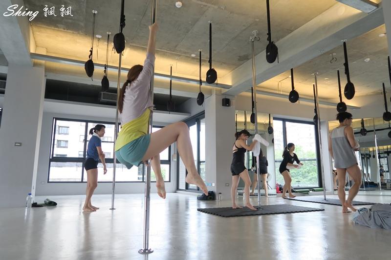 台中core yoga 鋼管舞蹈 09.JPG
