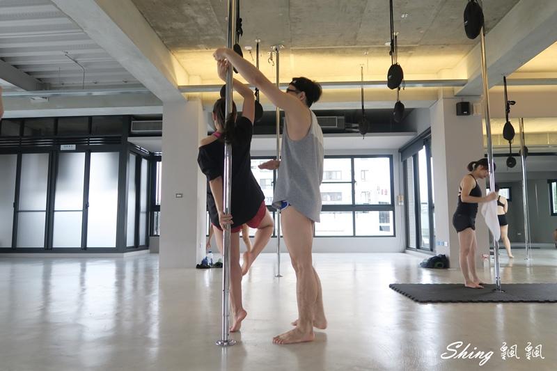 台中core yoga 鋼管舞蹈 26.JPG