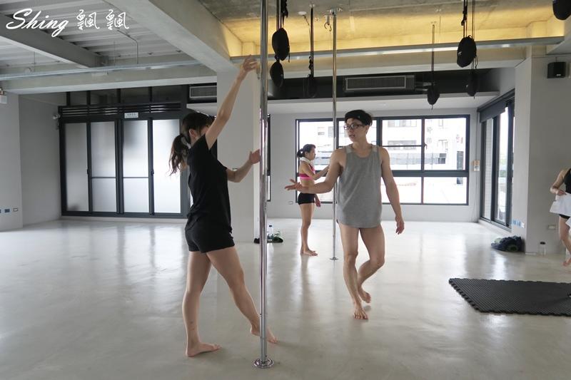 台中core yoga 鋼管舞蹈 58.JPG