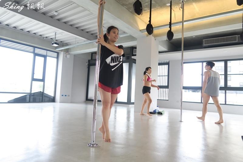 台中core yoga 鋼管舞蹈 43.JPG