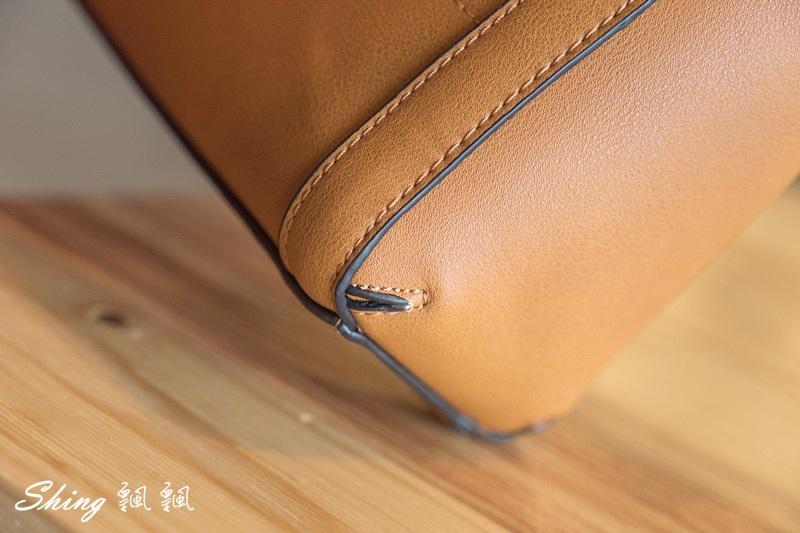 Leath簡約時尚平價包包 09.JPG