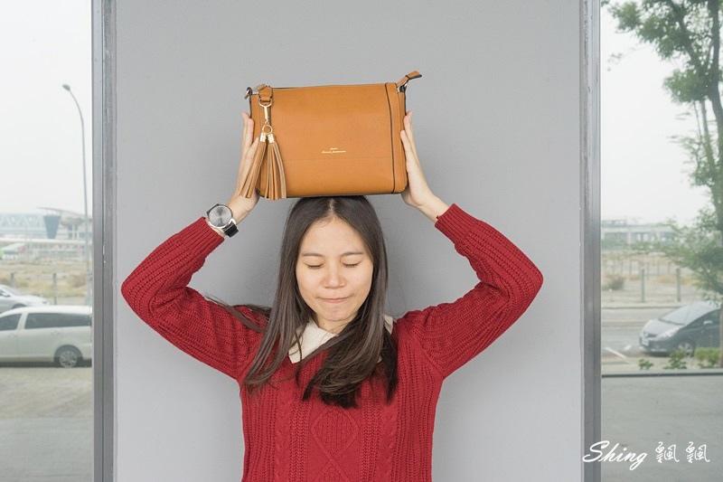 Leath簡約時尚平價包包 12.JPG