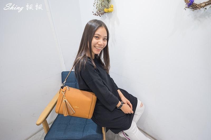 Leath簡約時尚平價包包 24.JPG