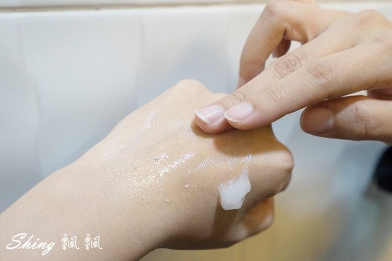 專科完美保濕泡泡乳液 23.JPG
