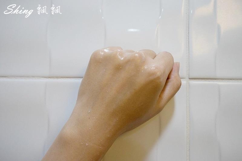 專科完美保濕泡泡乳液 25.JPG