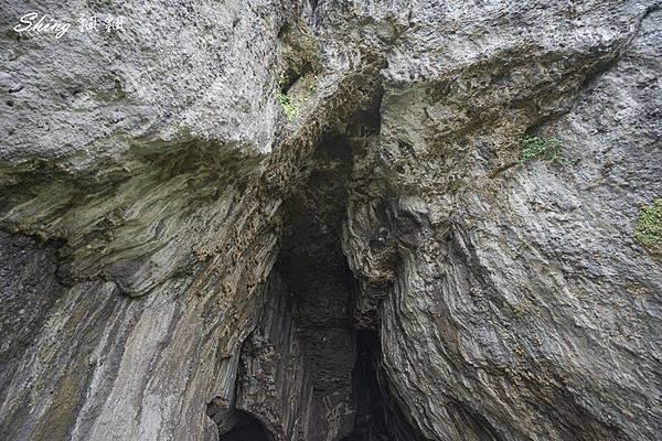 蘭嶼景點五孔洞 12.jpg
