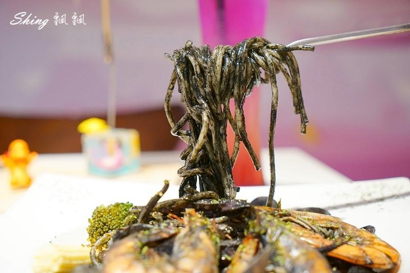 台北東區咖啡館-圖角獸咖啡 36.JPG
