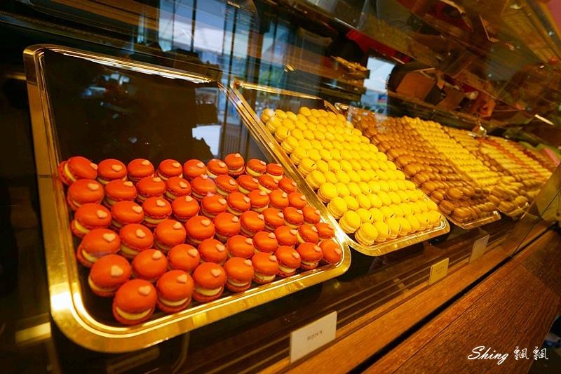 蘇黎世百年巧克力品牌旗艦店confiserie sprungli 21.JPG