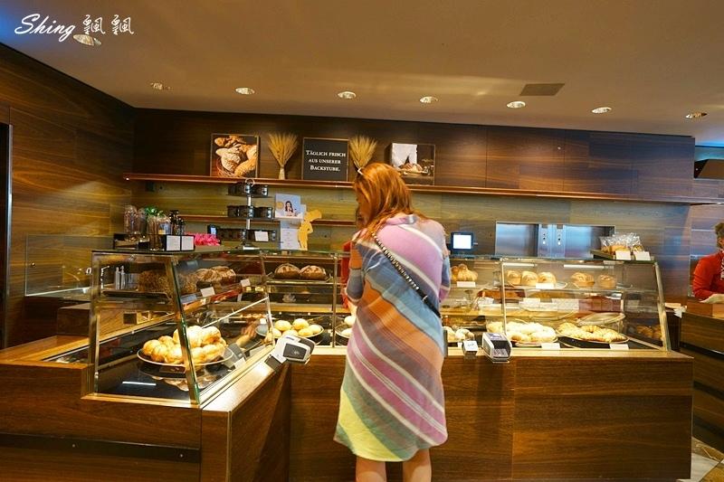 蘇黎世百年巧克力品牌旗艦店confiserie sprungli 25.JPG