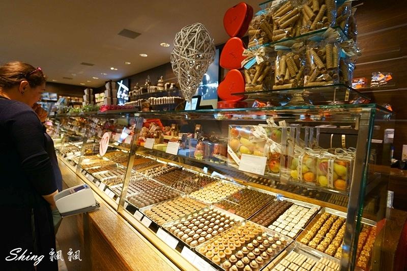 蘇黎世百年巧克力品牌旗艦店confiserie sprungli 23.JPG