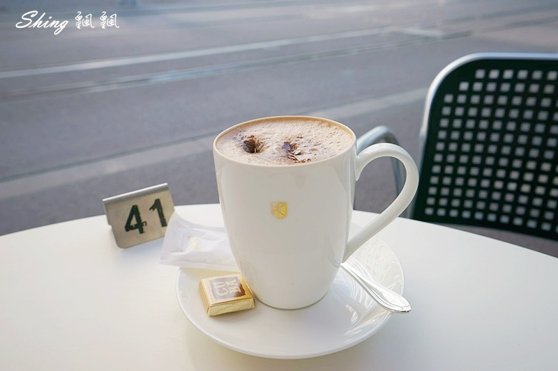 蘇黎世百年巧克力品牌旗艦店confiserie sprungli 45.JPG