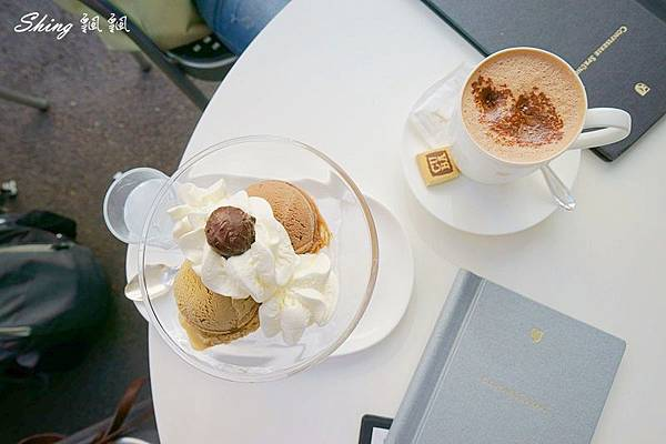 蘇黎世百年巧克力品牌旗艦店confiserie sprungli 51.JPG