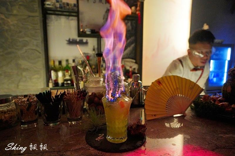 Myth-Dragon 台中夜店餐酒館 27.JPG