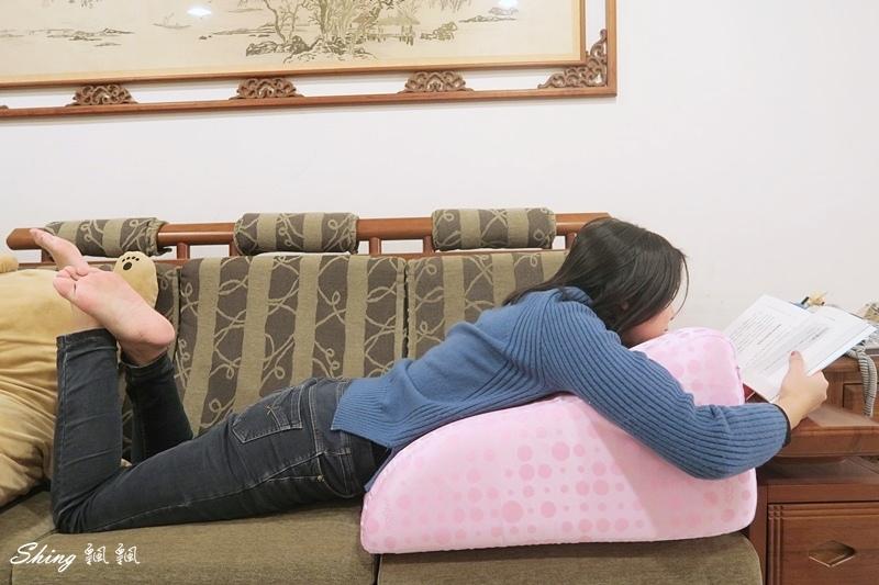 格蕾莎抬腿枕GreySa 15.JPG