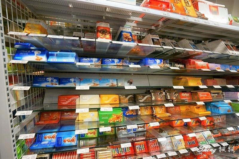 瑞士超市coop必買伴手禮及必吃瑞士巧克力06.JPG