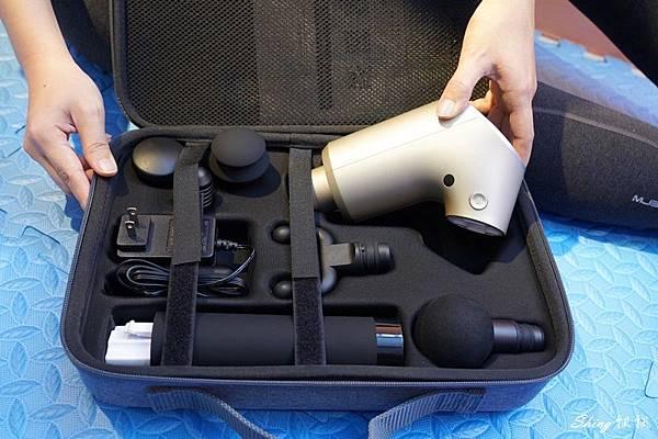 FitWell CairO筋膜按摩槍開箱實測 05.JPG