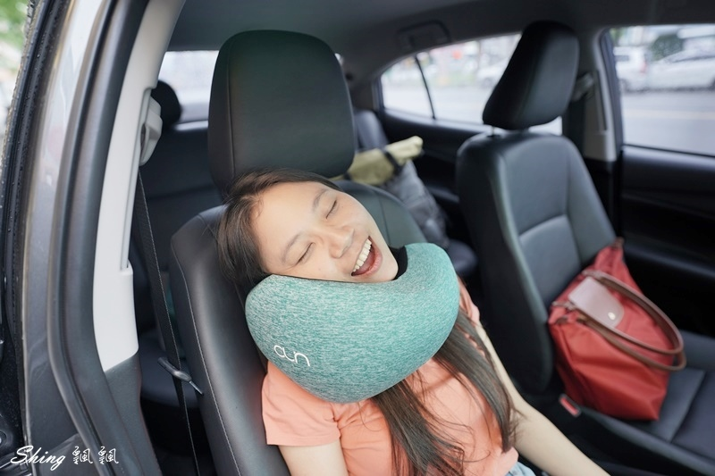旅遊頸枕推薦-UNO多功能旅行頸枕 26.JPG