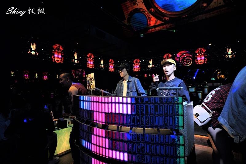 台中酒吧夜店推薦2020全新開幕-myth-ocean 04.JPG