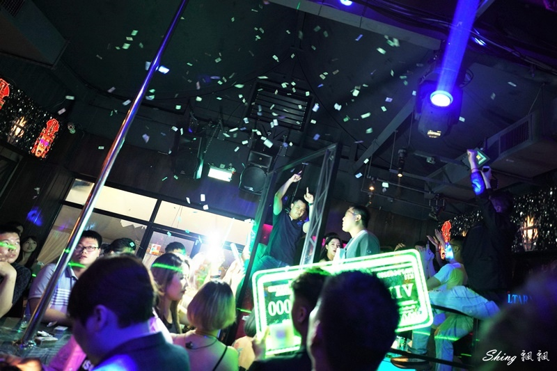 台中酒吧夜店推薦2020全新開幕-myth-ocean 22.JPG