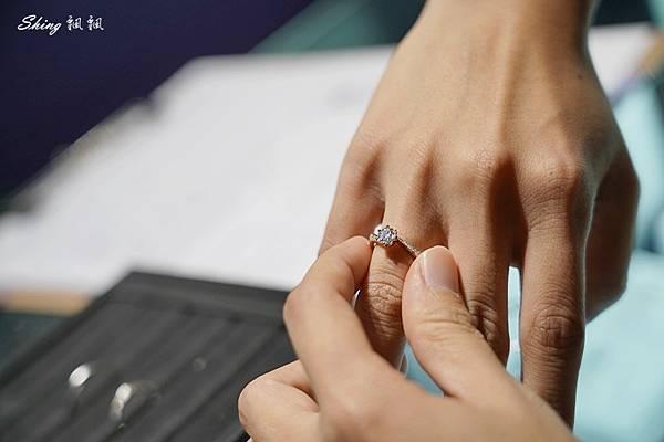 IR求婚對戒情侶飾品品牌推薦-客製化求婚戒3件組 52.JPG
