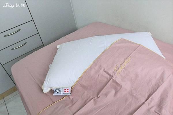 Betrise精梳棉素色床包組-立新寢具生活館 11.JPG
