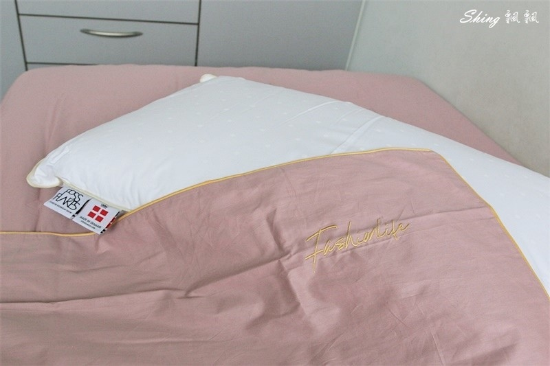 Betrise精梳棉素色床包組-立新寢具生活館 13.JPG