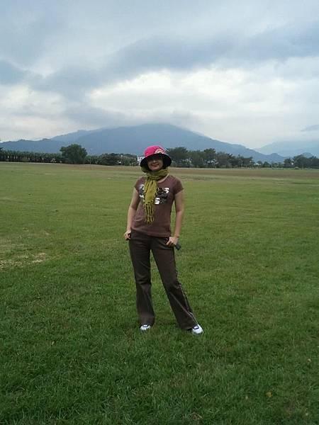 我與都蘭聖山.jpg