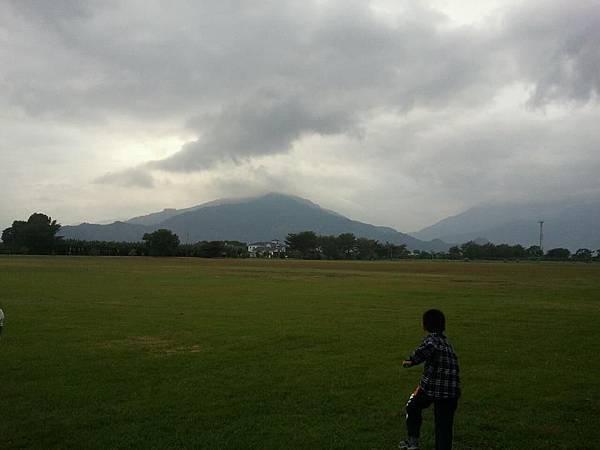 神聖的都蘭山.jpg