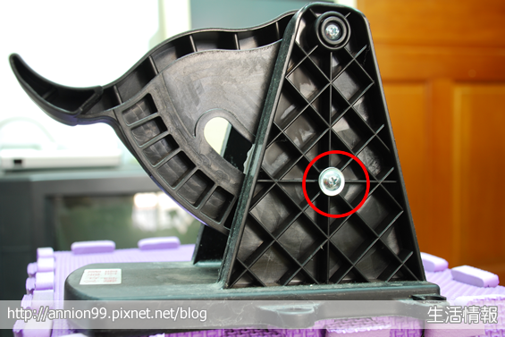 你家的360度旋轉拖踏板壞掉嗎?教你怎麼修理...