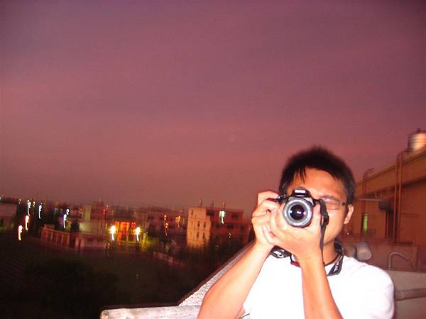 拍照中的楊小宜