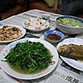 960518老媽豐盛的晚餐~我的最愛啦!