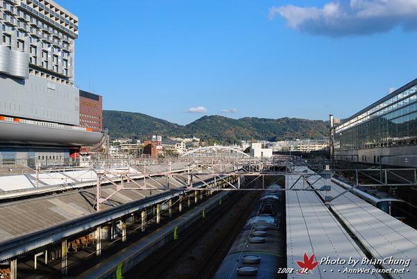 京都駅天橋望向東山區
