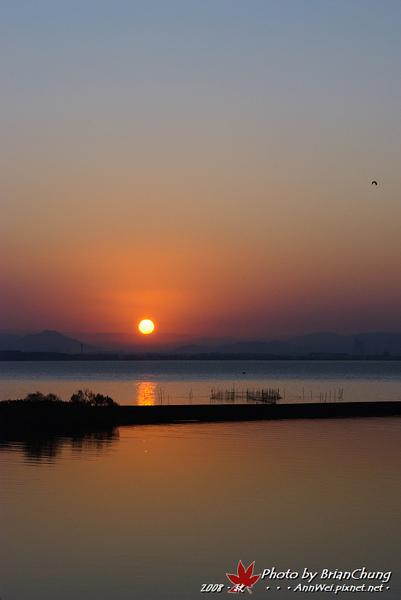 琵琶湖日出