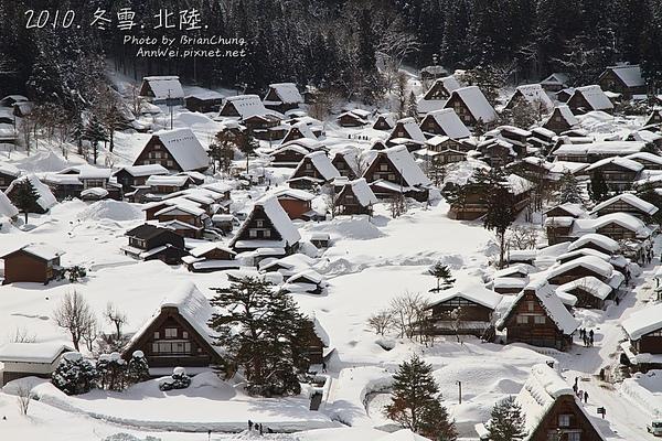 雪後晴的合掌屋群