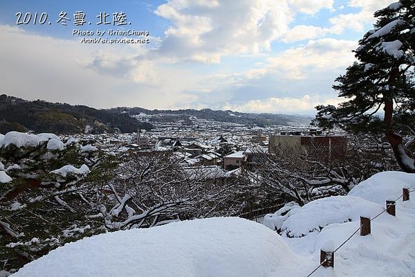 眺望台 遠望東山景色