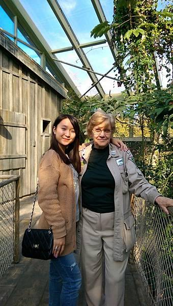 With Yujin's grandma
