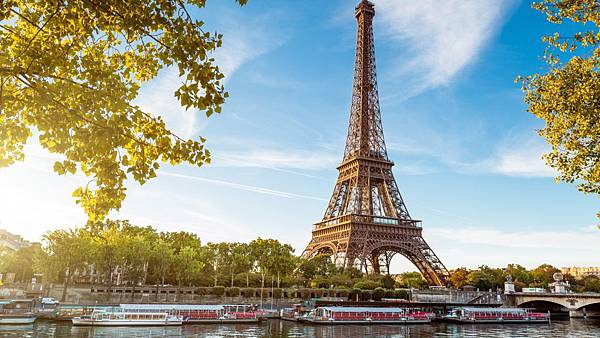 Eiffel-Tower-Wide-Wallpaper.jpg